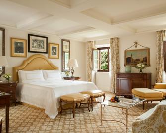 Four Seasons Hotel Firenze - Florence - Bedroom