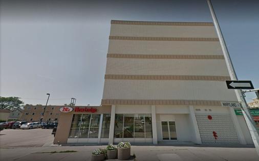 New Lodge - Winnipeg - Toà nhà
