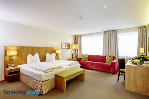 Hotel Falken - Memmingen - Bedroom