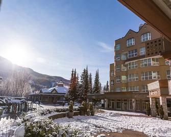Le Chamois by Whistler Premier - Whistler - Building