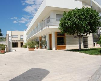 Hotel Villa San Pietro - San Giovanni Rotondo - Gebäude