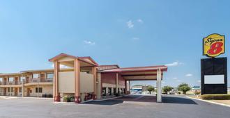 Super 8 by Wyndham Waco/Mall area TX - וואקו