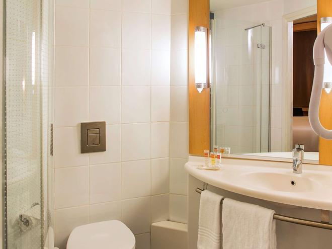 Ibis Lagos Ikeja - Lagos - Banheiro
