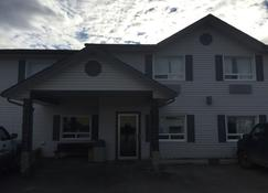 Crossfield Country Inn - Airdrie - Bâtiment