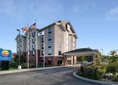Comfort Inn & Suites - Lexington Park - Building