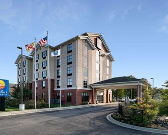 Comfort Inn & Suites - Lexington Park - Building