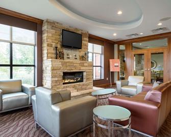 Comfort Inn & Suites - Lexington Park - Lounge