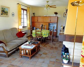 Holiday Home Josette - Joucas - Soggiorno