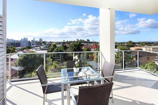 P A Apartments - Brisbane - Balcony