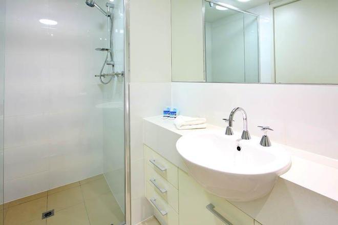 P A Apartments - Brisbane - Μπάνιο