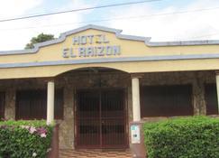 Hotel El Raizon - Masaya - Edificio