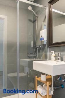 唐迪亞哥旅館 - 馬德里 - 馬德里 - 浴室
