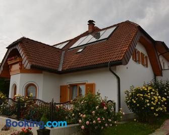 Pension Restaurant Rosenberg - Jennersdorf - Gebouw