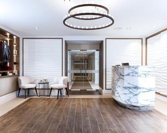 Eastwell Manor, Champneys Hotel & Spa - Ashford (Kent) - Lobby