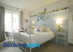 The Ness - Teignmouth - Bedroom