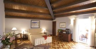 Antico Hotel Roma 1880 - Syrakusa - Makuuhuone