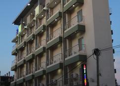 Hotel Fortune - Kinshasa - Gebäude