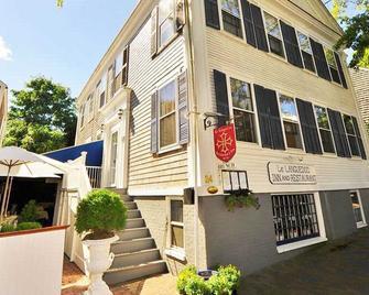 Languedoc Inn & 3 Hussey St Guest House - Nantucket - Toà nhà