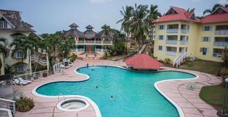 Mystic Ridge Resort - Ocho Rios