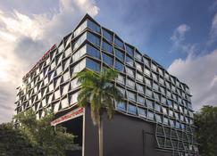 Travelodge Harbourfront - Σιγκαπούρη - Κτίριο