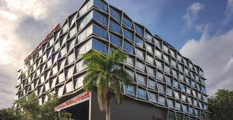 Travelodge Harbourfront - Singapur - Edificio