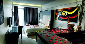 WH Hotel - Beirut - Bedroom