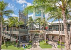 Pearl Hotel Waikiki - Honolulu - Outdoor view