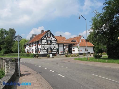 Hotel Hoeve de Plei - Mechelen - Building