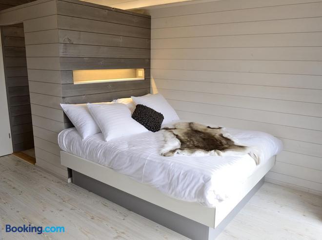 Cabane Dans Les Arbres / Swin-Golf de Cremin - Lucens - Bedroom