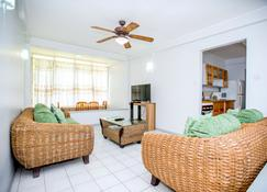 Bougainvillea Apartments - Saint George's - Sala de estar