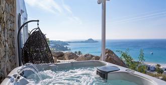 Myconian Ambassador Hotel Relais & Chateaux - Platis Gialos - Bedroom