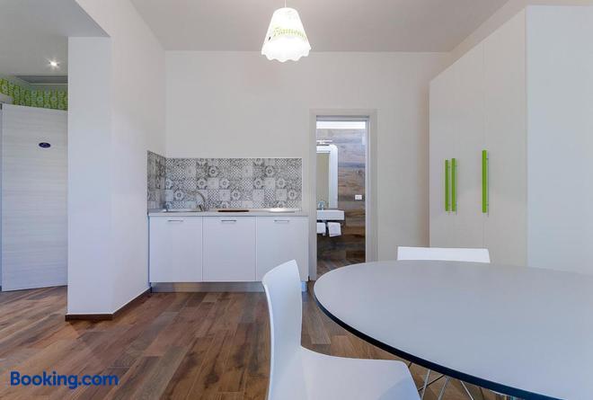 B&B Maxxi - Taranto - Dining room