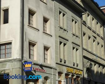 Aparthotel Hine Adon Fribourg - Fribourg - Building