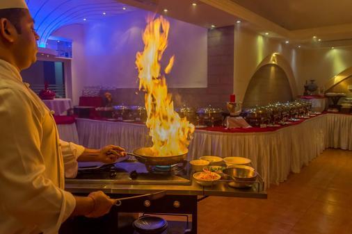 卡拉馬財富酒店 - 杜拜 - 自助餐
