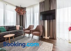 Short Stay Group Ndsm Serviced Apartments - Amsterdam - Living room