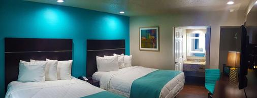 SureStay Hotel by Best Western Laredo - Laredo - Bedroom