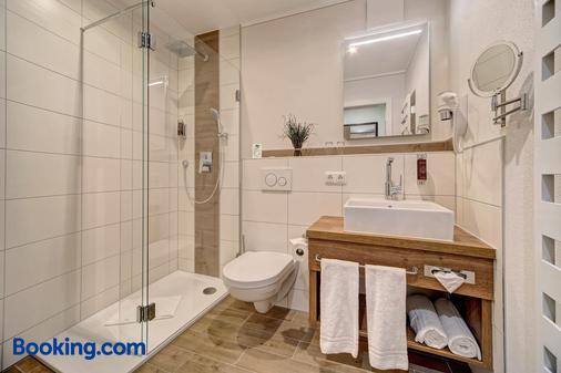 Hotel-Restaurant Früchtl - Zandt - Bathroom