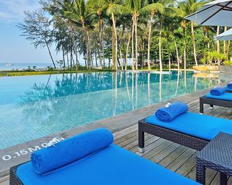 Dusit Thani Krabi Beach Resort - Krabi - Pool