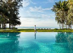 Dusit Thani Krabi Beach Resort - Krabi - Pool