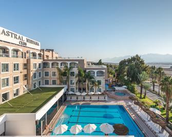Astral Nirvana Club Hotel - Eilat - Pool