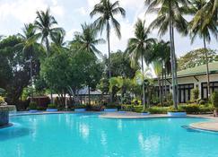 Batangas Country Club - Batangas - Pool