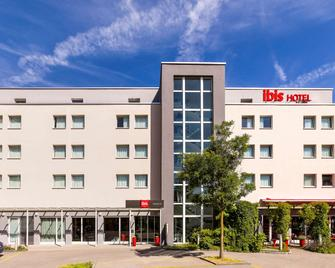 Ibis Winterthur City - Winterthur - Building