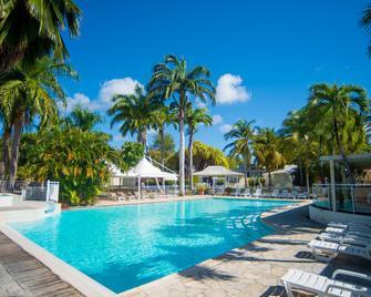 Hotel & Residences Golf Village - Saint-Francois - Bazén