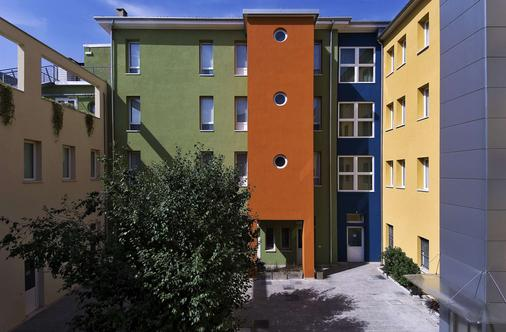 Best Western Plus Hotel Bologna - Venetsia - Rakennus