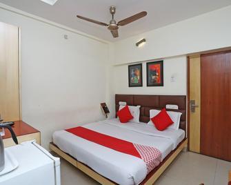 Oyo 3019 Hotel Lingaraj - Бхубанесвар - Bedroom