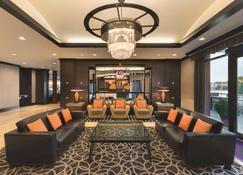 Coast Victoria Hotel & Marina by APA - Vitória - Lounge