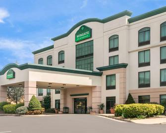 Wingate by Wyndham Lexington - Lexington - Building
