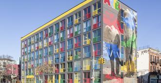 Artel Hotel - Brooklyn - Building