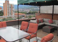The 9's Aparta Hotel - Medellín - Balkon