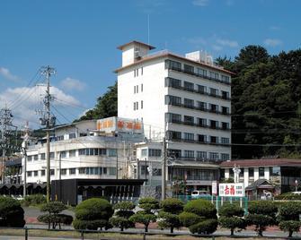 Kinpokan - Toba - Toà nhà